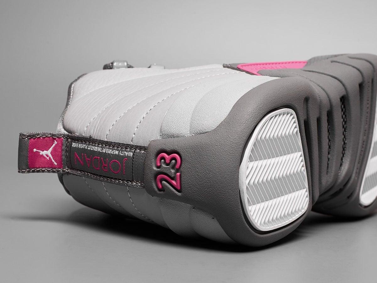 Jordan12 Retro VividPink 04