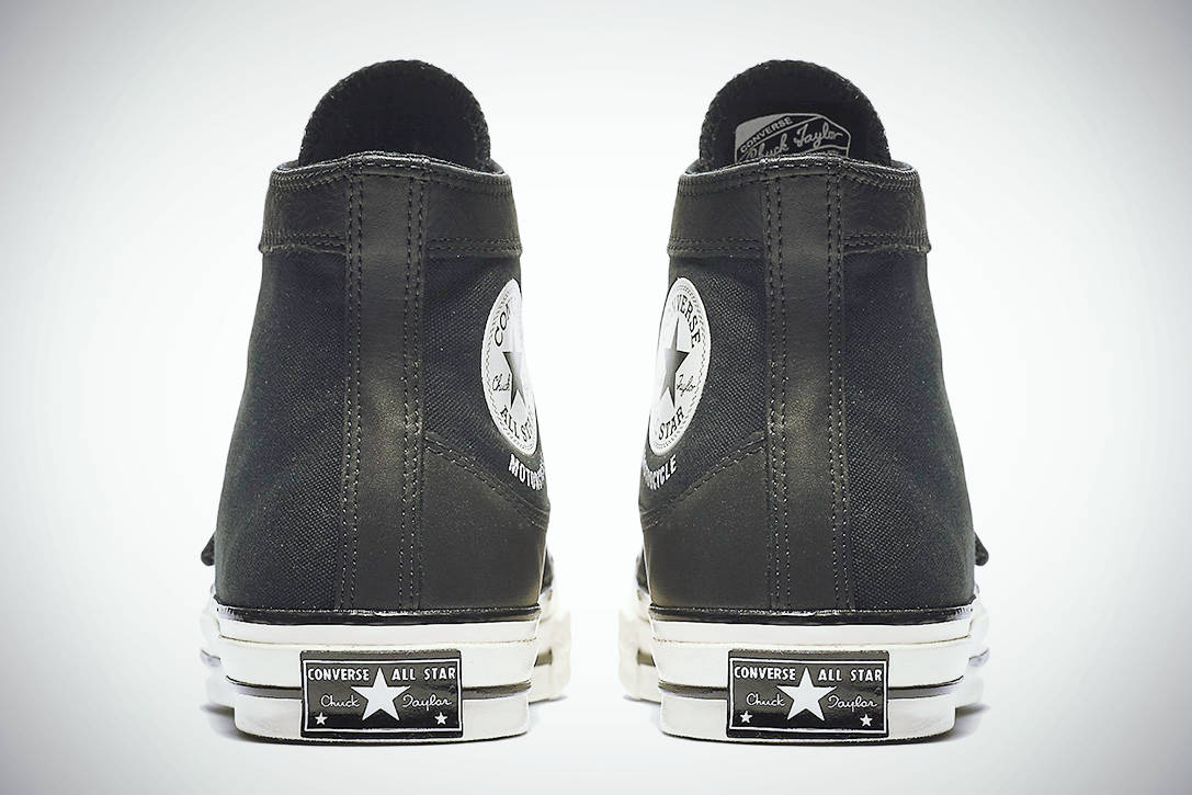 MOTORCYCLE CHUCKTAYLOR 04