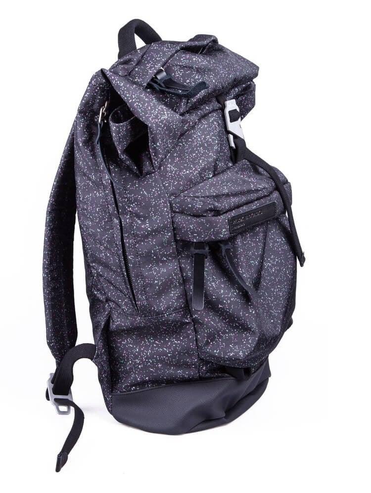 Rolltop Backpack 04